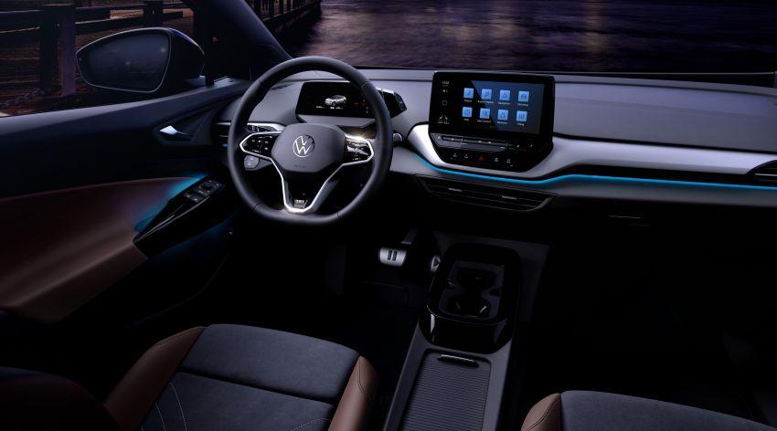 Volkswagen reveals ID.4 interior, EV debut this month Image #1172203