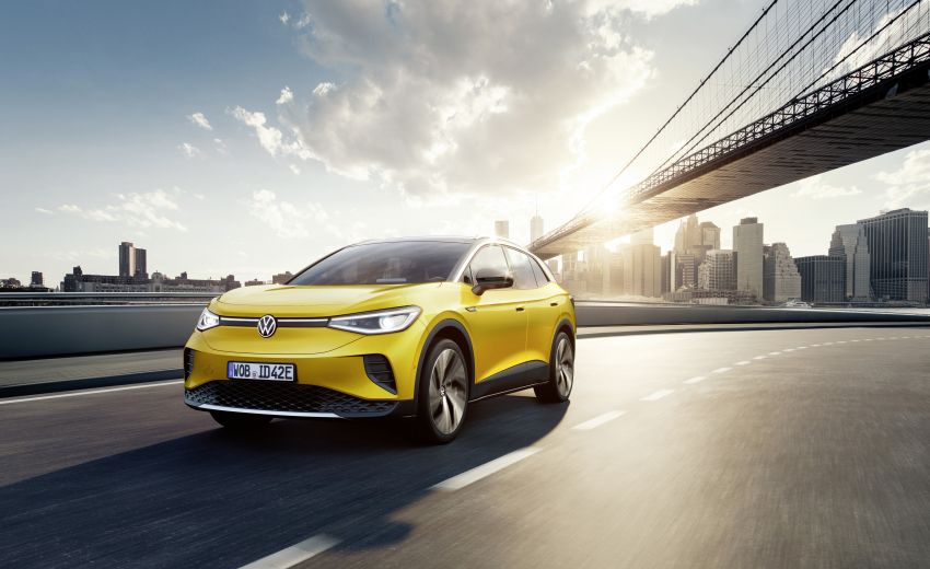 Volkswagen ID.4 electric SUV debuts – 77 kWh battery, 520 km range; from RM135,412 in US after tax credit Image #1182032