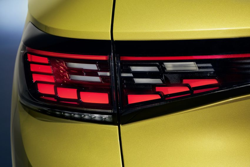 Volkswagen ID.4 electric SUV debuts – 77 kWh battery, 520 km range; from RM135,412 in US after tax credit Image #1182007