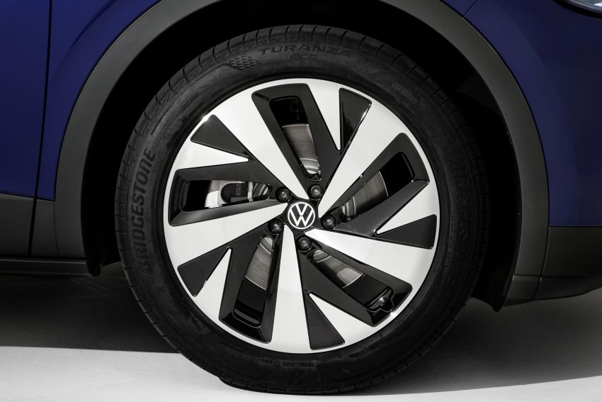 Volkswagen ID.4 electric SUV debuts – 77 kWh battery, 520 km range; from RM135,412 in US after tax credit Image #1182033