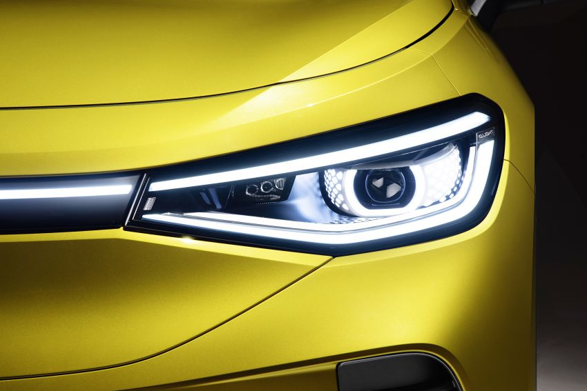 Volkswagen ID.4 electric SUV debuts – 77 kWh battery, 520 km range; from RM135,412 in US after tax credit Image #1182026