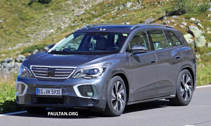 SPYSHOTS: Volkswagen ID 6 electric seven-seater Image #1173814
