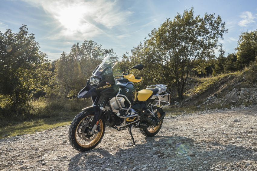 40 years of the BMW GS: 2020 BMW Motorrad 1250 GS and 1250 GS Adventure, 136 hp, 143 Nm torque Image #1187836