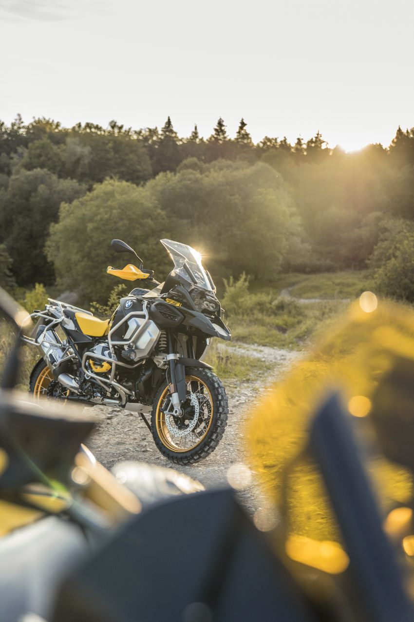 40 years of the BMW GS: 2020 BMW Motorrad 1250 GS and 1250 GS Adventure, 136 hp, 143 Nm torque Image #1187837