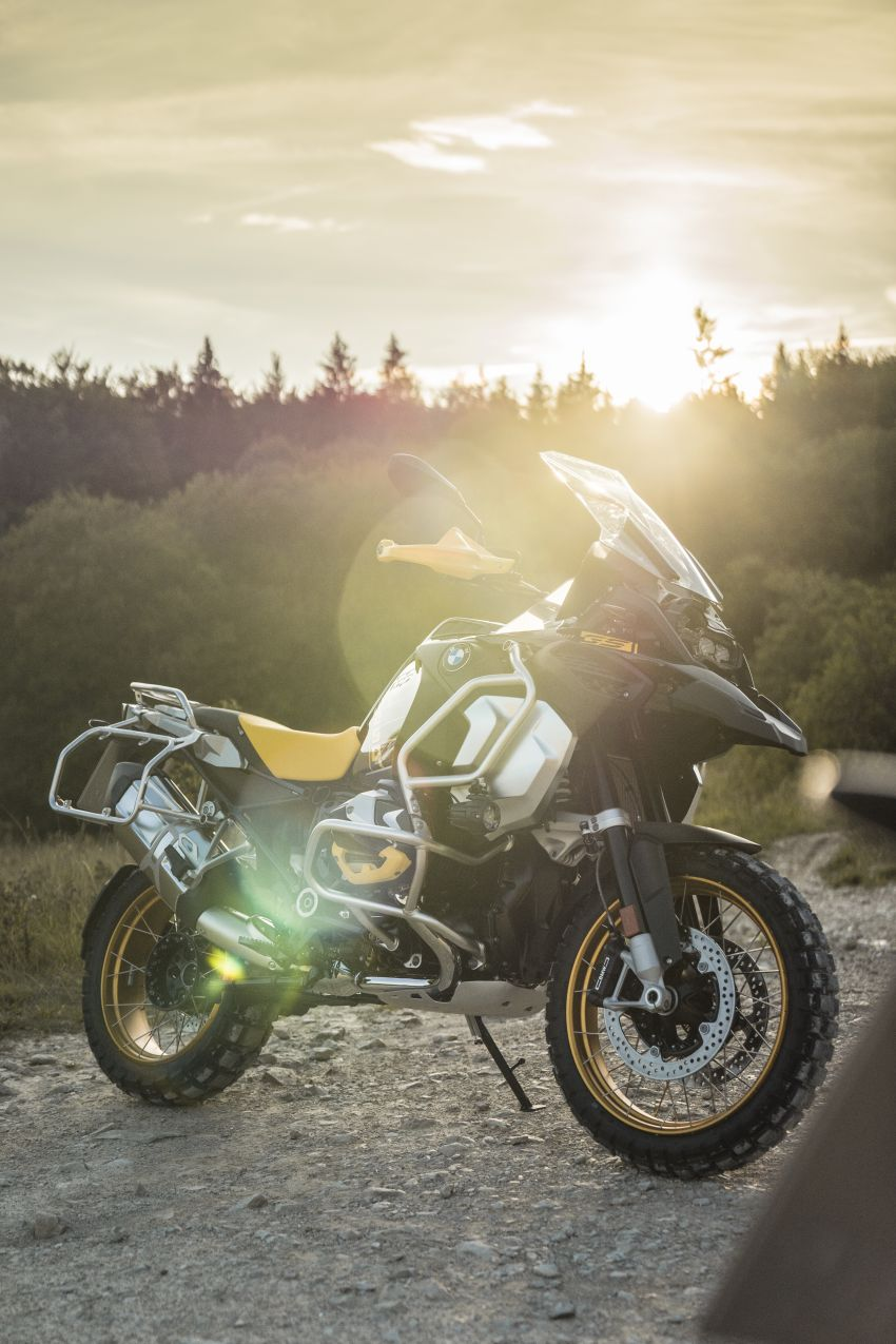40 years of the BMW GS: 2020 BMW Motorrad 1250 GS and 1250 GS Adventure, 136 hp, 143 Nm torque Image #1187838