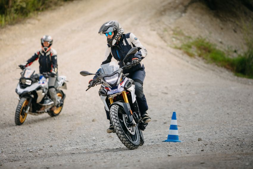 2020 BMW Motorrad G310GS facelift – updated with LED lighting, adjustable levers, new paint schemes Image #1187512