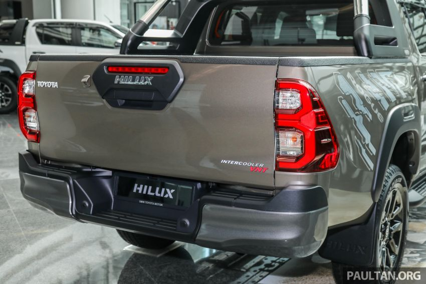 2021 Toyota Hilux facelift launched in M'sia – power bump for 2.8L Rogue, 10k service interval, from RM93k Image #1189087