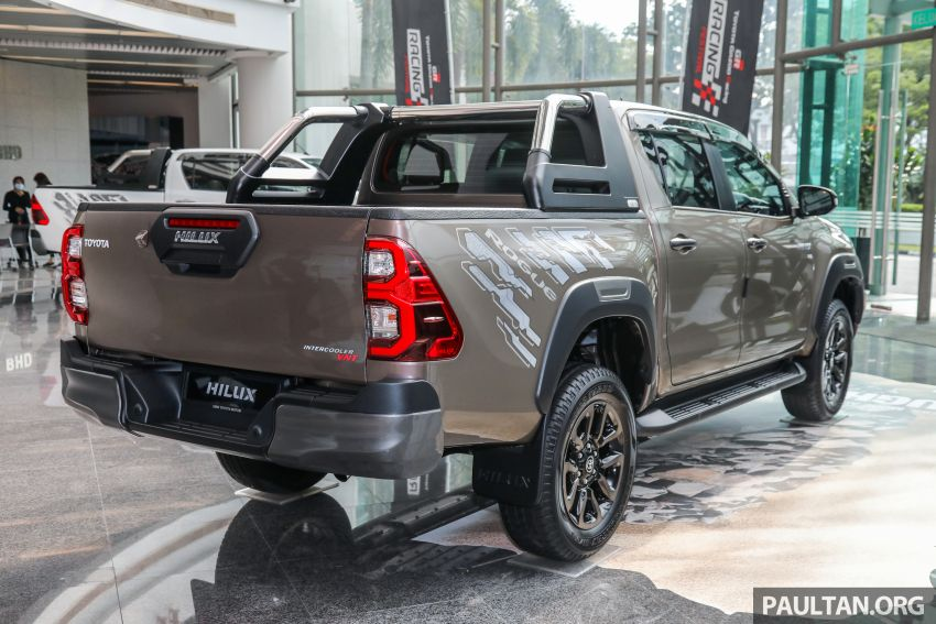 2021 Toyota Hilux facelift launched in M'sia – power bump for 2.8L Rogue, 10k service interval, from RM93k Image #1189054