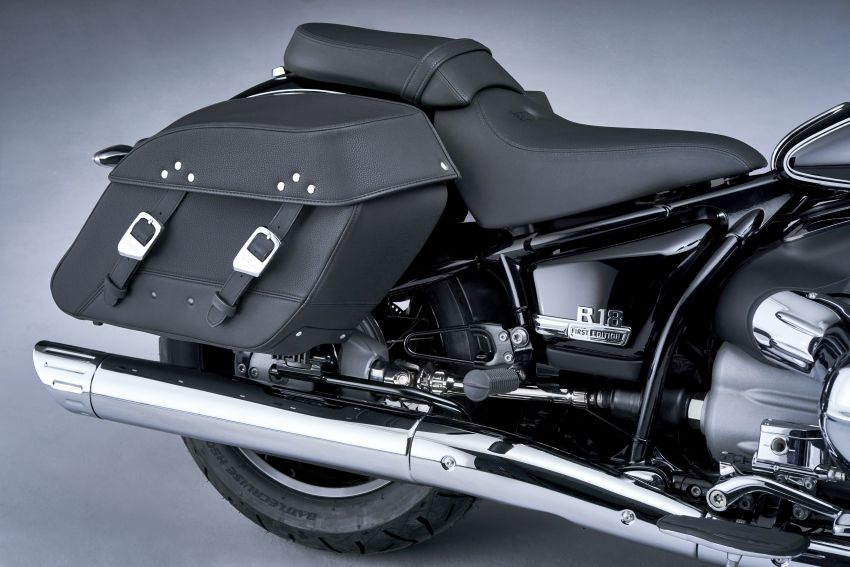 2021 BMW Motorrad R18 Classic joins Heritage lineup Image #1198672