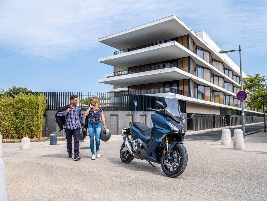 2021 Honda Forza 750 launched – 745 cc, torque control, dual clutch transmission six-speed gearbox Image #1193534
