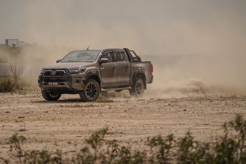 2021 Toyota Hilux facelift launched in M'sia – power bump for 2.8L Rogue, 10k service interval, from RM93k Image #1189574