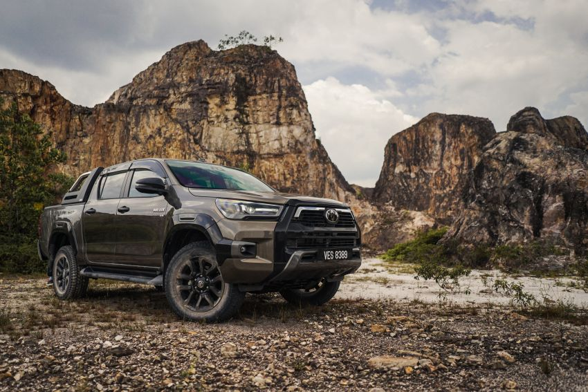 2021 Toyota Hilux facelift launched in M'sia – power bump for 2.8L Rogue, 10k service interval, from RM93k Image #1189577