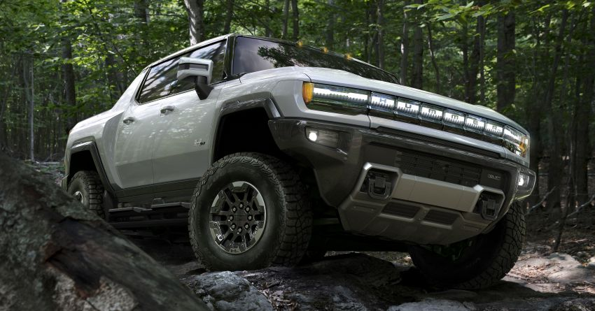 2022 GMC Hummer EV debuts –  three-motor electric pick-up truck with 1,000 hp and 15,591 Nm of torque! Image #1195959