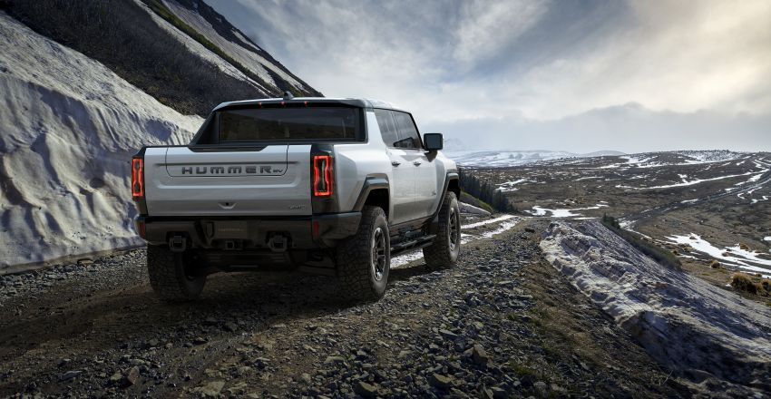 2022 GMC Hummer EV debuts –  three-motor electric pick-up truck with 1,000 hp and 15,591 Nm of torque! Image #1195960