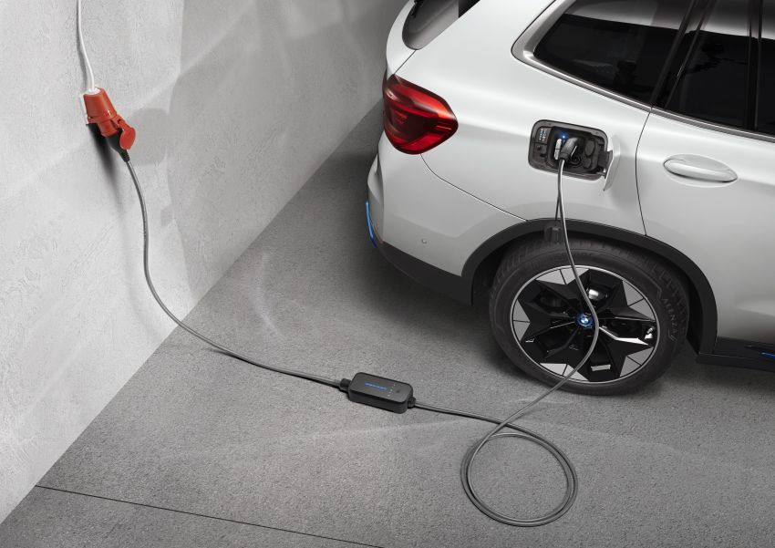 BMW, MINI expand charging options for latest EVs Image #1193675
