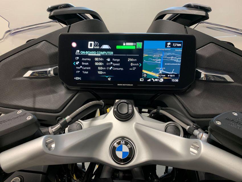 2021 BMW Motorrad R1250RT sports-tourer updated Image #1195155