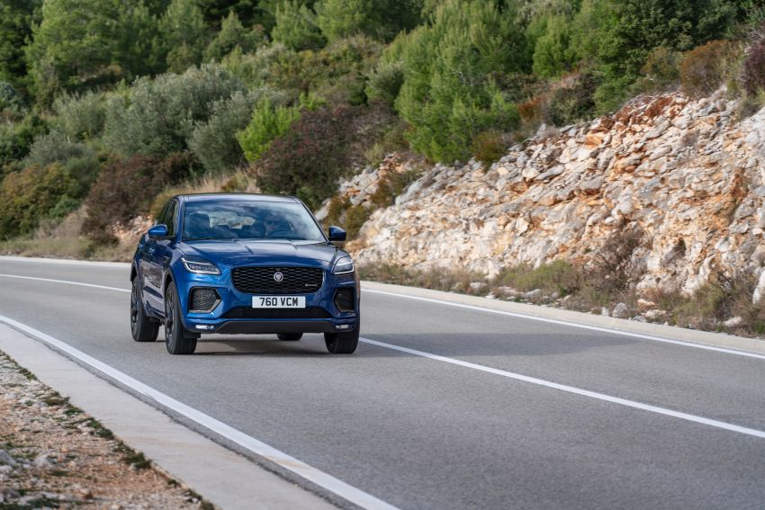 2021 Jaguar E-Pace – 309 PS 1.5L three-cylinder PHEV, 1.5L and 2.0L MHEVs; revised exterior and interior Image #1200937