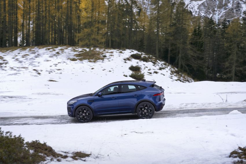 2021 Jaguar E-Pace – 309 PS 1.5L three-cylinder PHEV, 1.5L and 2.0L MHEVs; revised exterior and interior Image #1200924