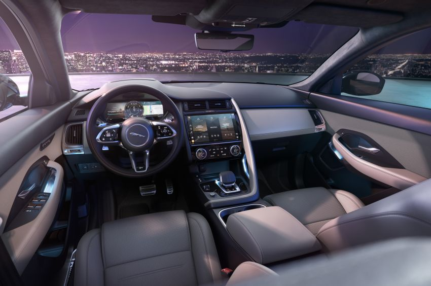 2021 Jaguar E-Pace – 309 PS 1.5L three-cylinder PHEV, 1.5L and 2.0L MHEVs; revised exterior and interior Image #1200983