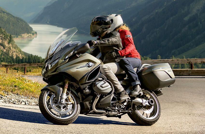 2021 BMW Motorrad R1250RT sports-tourer updated Image #1195186