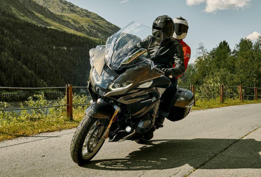 2021 BMW Motorrad R1250RT sports-tourer updated Image #1195191