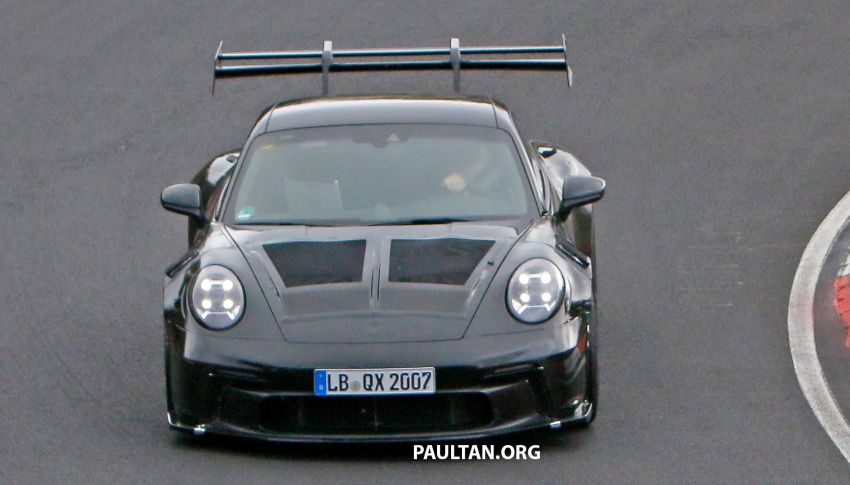 SPIED: 992 Porsche 911 GT3 RS goes track testing Image #1194366