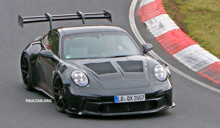 SPIED: 992 Porsche 911 GT3 RS goes track testing Image #1194367