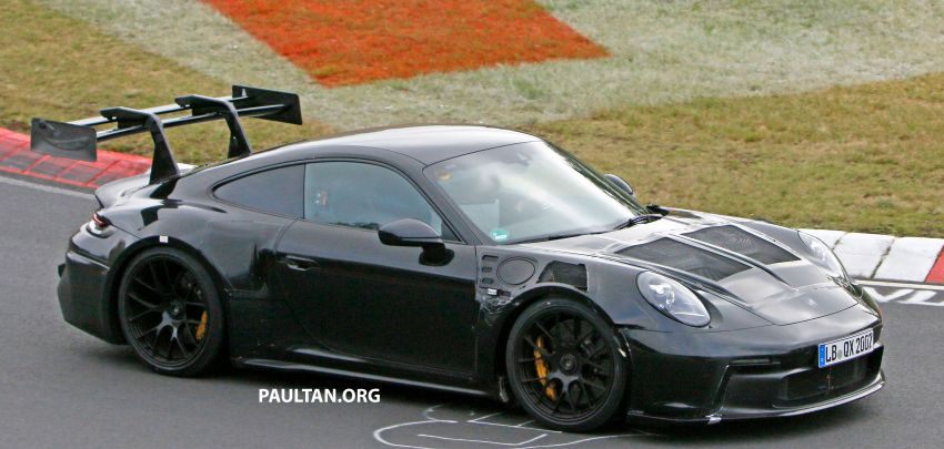 SPIED: 992 Porsche 911 GT3 RS goes track testing Image #1194369