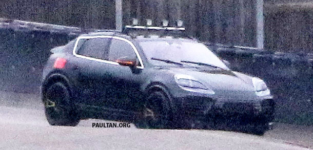SPYSHOTS: All-electric Porsche Macan spotted testing Image #1195740