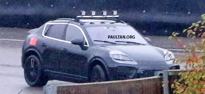 SPYSHOTS: All-electric Porsche Macan spotted testing Image #1195739
