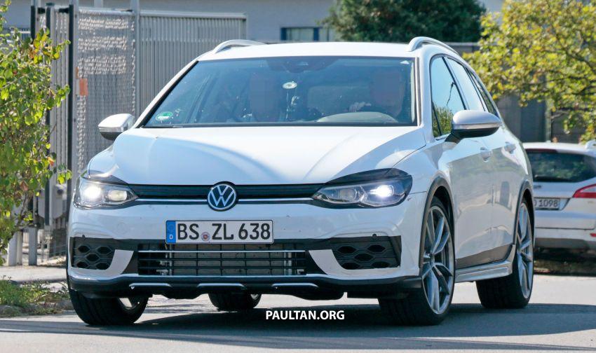 Volkswagen Golf R Mk8 teased ahead of Nov 4 debut Image #1194235
