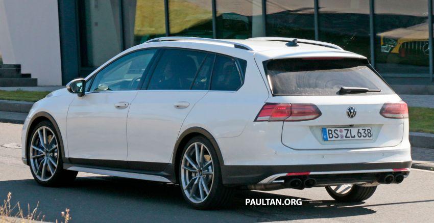 Volkswagen Golf R Mk8 teased ahead of Nov 4 debut Image #1194246