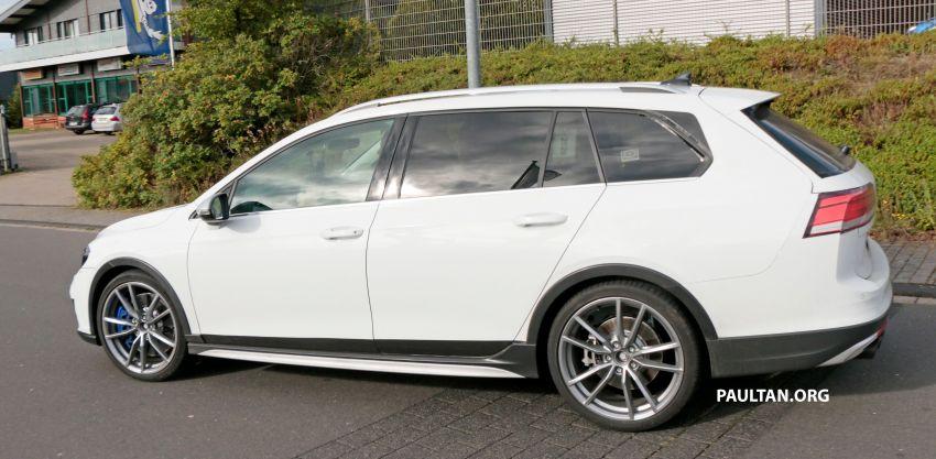 Volkswagen Golf R Mk8 teased ahead of Nov 4 debut Image #1194251