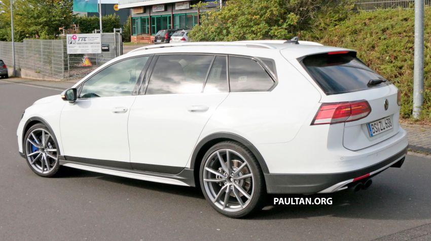 Volkswagen Golf R Mk8 teased ahead of Nov 4 debut Image #1194253