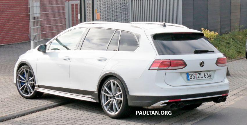 Volkswagen Golf R Mk8 teased ahead of Nov 4 debut Image #1194258