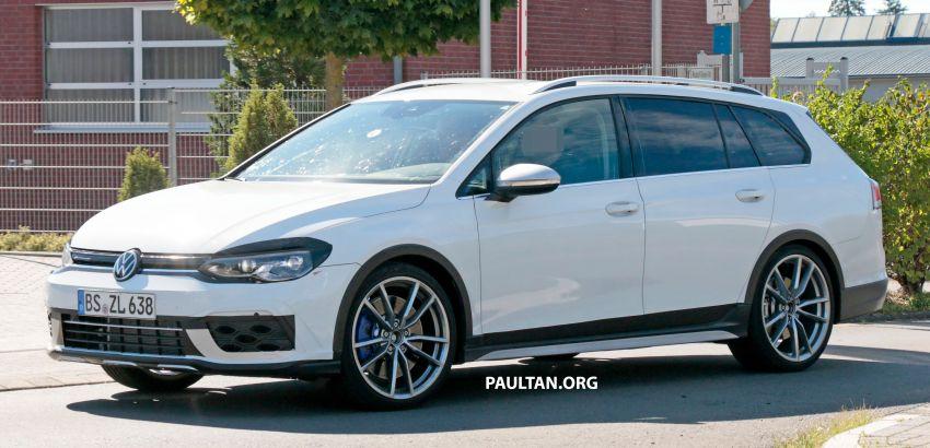 Volkswagen Golf R Mk8 teased ahead of Nov 4 debut Image #1194237
