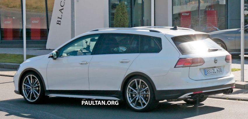 Volkswagen Golf R Mk8 teased ahead of Nov 4 debut Image #1194242