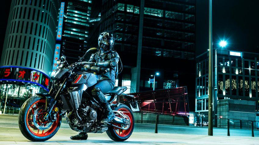 Yamaha MT-09 2021 didedah – hampir semua bahagian dipertingkat termasuk casis, enjin dan elektronik Image #1200858