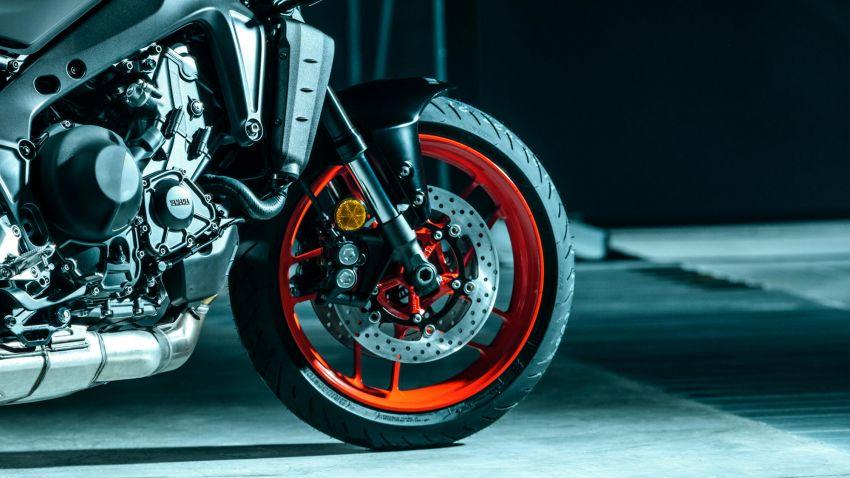 Yamaha MT-09 2021 didedah – hampir semua bahagian dipertingkat termasuk casis, enjin dan elektronik Image #1200872