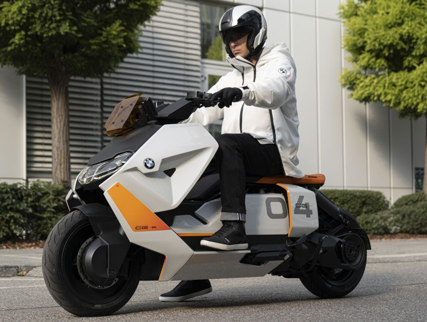 BMW Motorrad introduces Definition CE 04 e-scooter Image #1208040