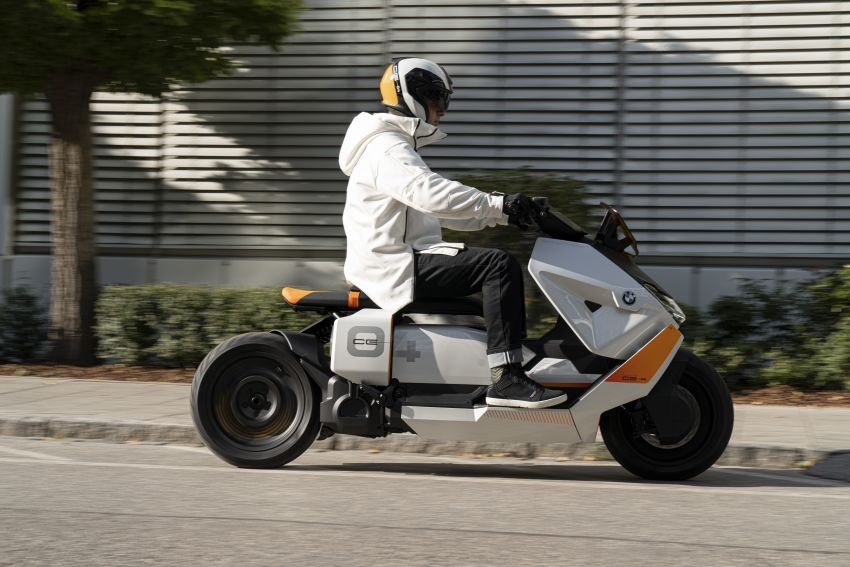 BMW Motorrad introduces Definition CE 04 e-scooter Image #1208041
