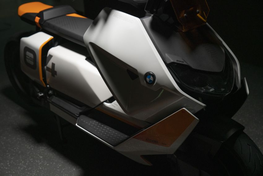 BMW Motorrad introduces Definition CE 04 e-scooter Image #1208049