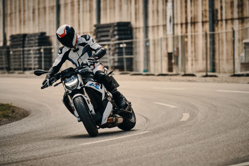 2021 BMW Motorrad S1000R revealed – 165 hp, 115 Nm Image #1214409