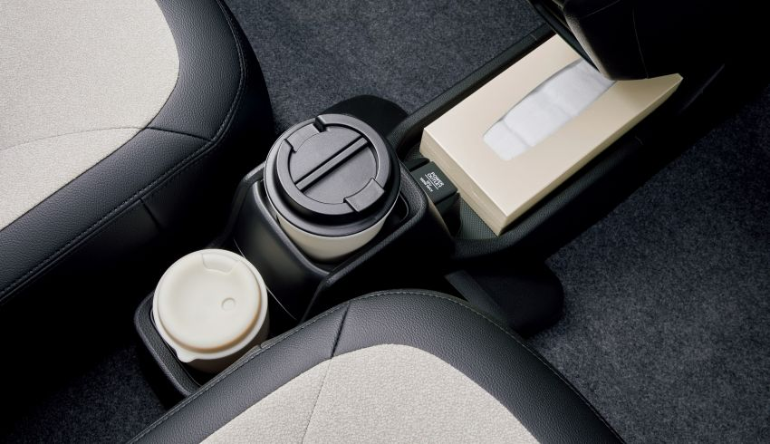 2021 Honda N-One goes on sale in Japan – new interior, better safety, RS now with 6M/T, from RM63k Image #1215229
