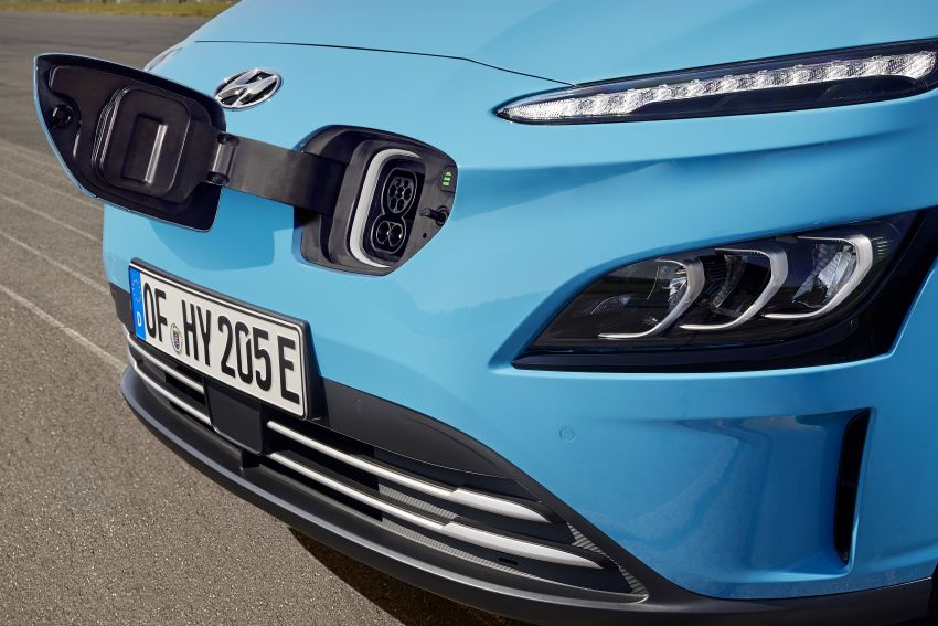 2021 Hyundai Kona Electric – up to 484 km in range from 64 kWh battery; updated infotainment, safety kit Image #1207163