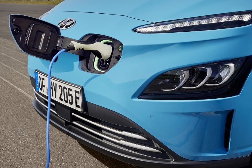 2021 Hyundai Kona Electric – up to 484 km in range from 64 kWh battery; updated infotainment, safety kit Image #1207162