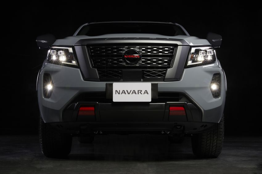 2021 Nissan Navara facelift revealed – Titan-style looks, AEB, Apple CarPlay, new rugged Pro-4X variant Image #1203899
