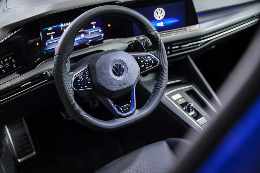 Volkswagen Golf R Mk8 officially revealed – 315 hp and 420 Nm; zero to 100 km/h in 4.7 seconds; Drift mode Image #1203291