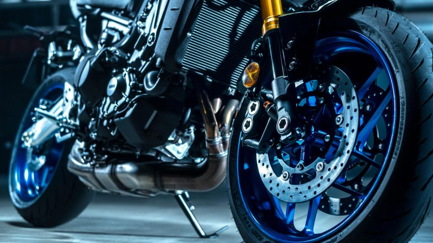 2021 Yamaha MT-09 SP launched in Europe – now with cruise control, Kayaba front fork, Ohlins monoshock Image #1207034