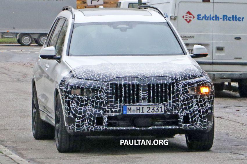 SPYSHOTS: BMW X7 facelift shows radical new look Image #1218454